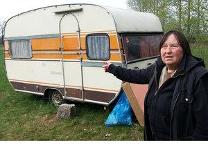Anna Kratochvílová (68) skončila na zahradě v tomto přívěsu, který si koupila 13 tisíc Kč.