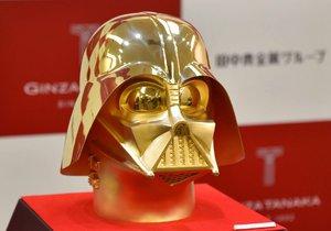 V Japonsku bude k mání zlatá maska Dartha Vadera za 34 milionů Kč.