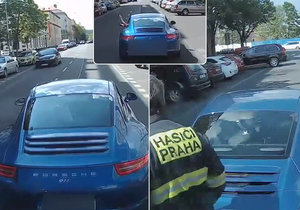 Řidič Porsche na svou zběsilou jízdu ulicemi Holešovic a vybržďování hasičů doplatí.