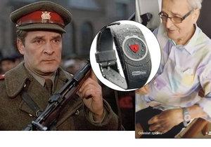 Brabec dostal SOS hodinky.