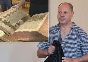 Martin Charamza se odvolal proti podmínce za přeprodej vzácných kradených tisků z fary v Křtinách. Soud mu ve středu přitvrdil a poslal ho na 30 měsíců do vězení.