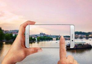 Chytrá Praha má do roku 2030 nabízet celou řadu služeb, budou v ní i roboti (ilustrační foto).