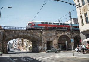 Rekonstrukce Negrelliho viaduktu potrvá do roku 2019.