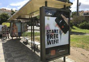 Wi-fi zastávka už funguje například na Husinecké nebo Jindřišské.