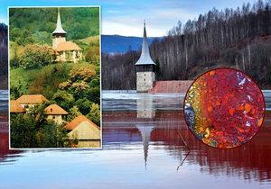 Vesnička Geamăna musela ustoupit těžbě mědi. Připomíná ji jen kostelní věž čnící z toxického jezera.