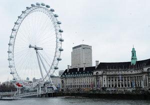 Slavné London Eye museli evakuovat.