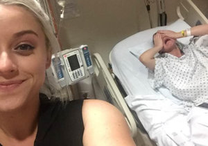 Texasanka si vyfotila selfie s rodící sestrou.