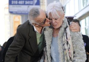 Stan Lee před svou smrtí trpěl ze ztráty manželky.