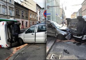 Těžká havárie strážníků v centru Plzně. Jeli k zásahu, sestřelili auto matky s dítětem (12).