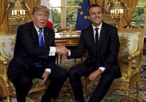 Donald Trump a francouzský prezident Emmanuel Macron při setkání v Paříži.