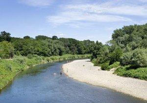 Povodí Moravy na 35 místech z 200 eviduje dosažení hranice sucha.