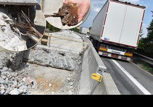 Most v Černé Hoře na Brněnsku je nejhorším mostem v Česku. Jeho stav je tak tristní, že ho ve čtvrtek silničáři zavřeli z hodiny na hodinu. Čeká jej demolice.