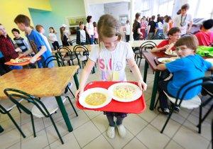 Může to jít i jinak: Letňany od února nastolí dietní stravování na školách