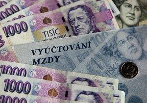 Od ledna se zvýší minimální mzda o 1200 korun, 130 tisíc lidí si tak polepší o 11 procent.
