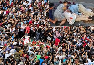 Lidé v Barceloně se po teroru semkli