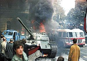 Za rok 1968 buďte vděční, píší Rusové při Zemanově návštěvě. Ať to prezident řeší, chce Zaorálek