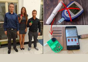 Čeští studenti zmenšili glukometr do velikosti kreditní karty.
