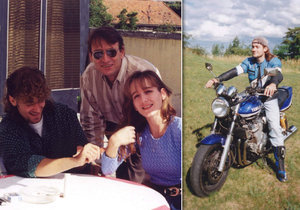 Ještě všichni pohromadě - Paulína Hažmuková s bratrem a tatínkem. Ján (†35) za řidítky milované motorky zemřel, sestra nyní pořádá srazy na jejich počest.
