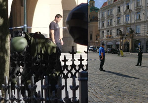 Policejní pyrotechnik na Staroměstském náměstí prověřoval kufr, ke kterému se nikdo nehlásil.
