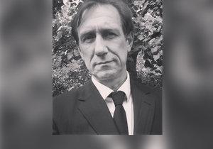 Jan Antonín Duchoslav dnes pohřbil svého otce.