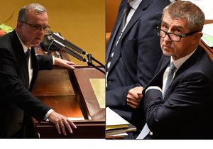 Kalousek šil do Babiše kvůli Čapímu hnízdu, ten se hájil před poslanci ve Sněmovně.
