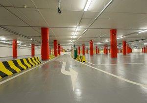 Nedostatek parkovacích míst v metropoli: Nové parkoviště vznikne na Černém Mostě