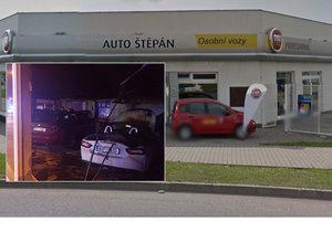 0db9d1ccab2 V autosalonu v Mladé Boleslavi vypukl požár  Škoda je 10 milionů!