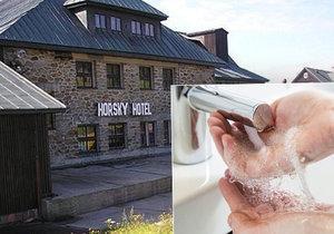 Problémový Horský hotel v Janských Lázních, který patří Praze 10.