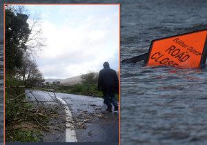 Bouře Ophelia udeřila v Irsku.