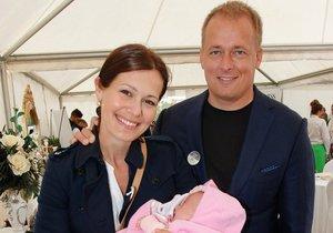 Jana Doleželová s Davidem Trundou a dcerou Verunkou