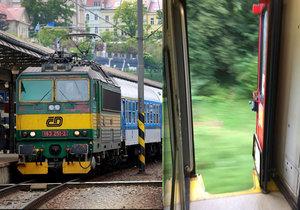 České dráhy zabezpečují dveře, které se mohou otevřít při jízdě.