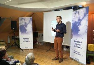 V Praze 5 proběhla přednáška Ladislava Zibury o cestování do zahraničí.