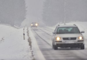 Počasí na severu Moravy dává řidičům zabrat. Ilustrační foto