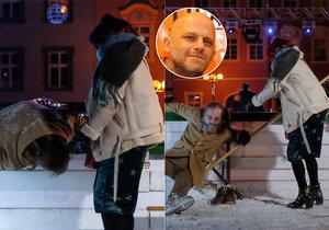 K nepoznání změněný Hynek Čermák: Chytil »rapla« na ledě!