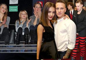 Sabina Laurinová seděla na premiéře filmu Čertoviny na schodech v kině.