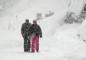 V Rakousku hrozí laviny.