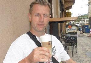 Zdeněk Mikula (43), záchranář z Úsobrna, žil vždycky zdravě. Přesto ho postihla náhlá mozková příhoda a nyní potřebuje pomoci.