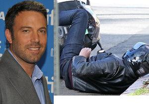 Dramatická nehoda Bena Afflecka: Slítl z motorky!