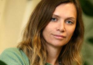Helena Máslová je psychogynekoložka, která bojuje proti nadužívání hormonální antikoncepce.