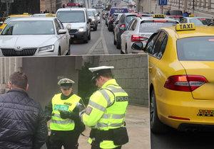 Policie kontroluje taxikáře kvůli pomalé jízdě.