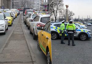 První den stávky taxikářů se na Strahově sešly necelé dvě tisícovky řidičů.