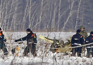 Probíhá vyšetřování, co vedlo k pádu ruského letadla se 71 lidmi na palubě.