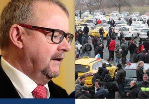 Ministr dopravy Ťok má plán, jak ukončit válku taxikářů s Uberem.