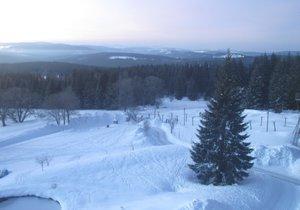 Na Šumavě klesly v noci teploty pod minus 20 °C.