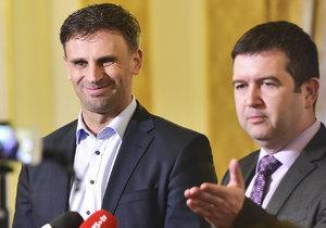 """Cesta pro """"ministra"""" Zimolu? Do vlády za ČSSD možná nepůjdou poslanci"""