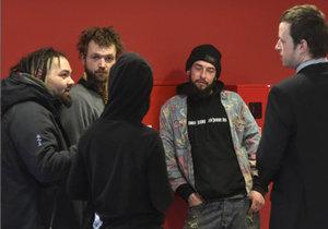 V Praze proběhl 2. března soud se squattery z usedlosti Šatovka.