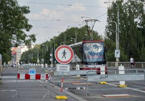 Bude Libeňský most zbourán či nikoli?