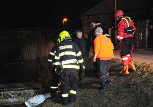 Pejsek v Březiněvsi utonul pod ledem.