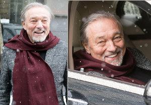 Usměvavý a veselý Karel Gott