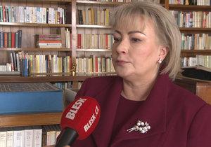 Exluzivní rozhovor s první dámou Ivanou Zemanovou. Dostal od ní prezident k inauguraci nějaký dárek?